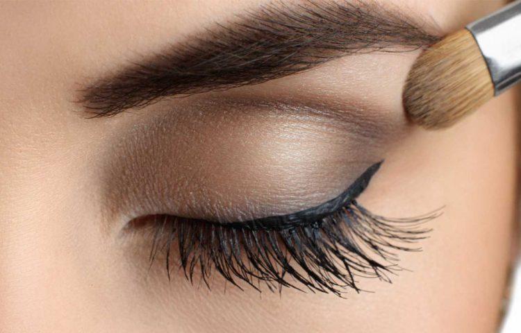 jak optycznie powiększyć oczy